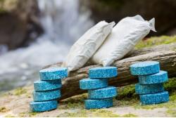 Pack Vidange sans accès à la fosse, traitement des odeurs et tablettes d'entretien